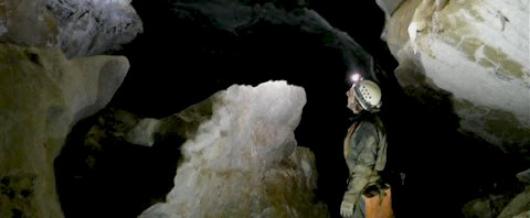 smattering cave in nootka sound